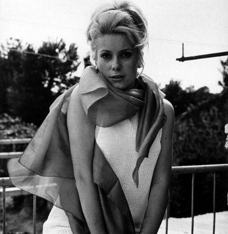 Катрин Денев- легендарная французская актриса